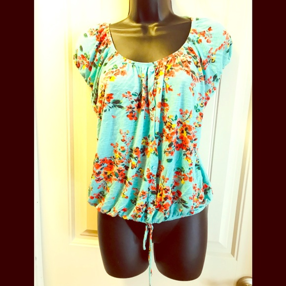 Agenda Tops - Borrow peasant blouse $3 With any purchase